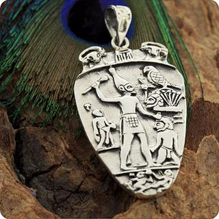 Egyptian Silver Jewelry Pharaoh Narmer Palette Smiting side Pendant